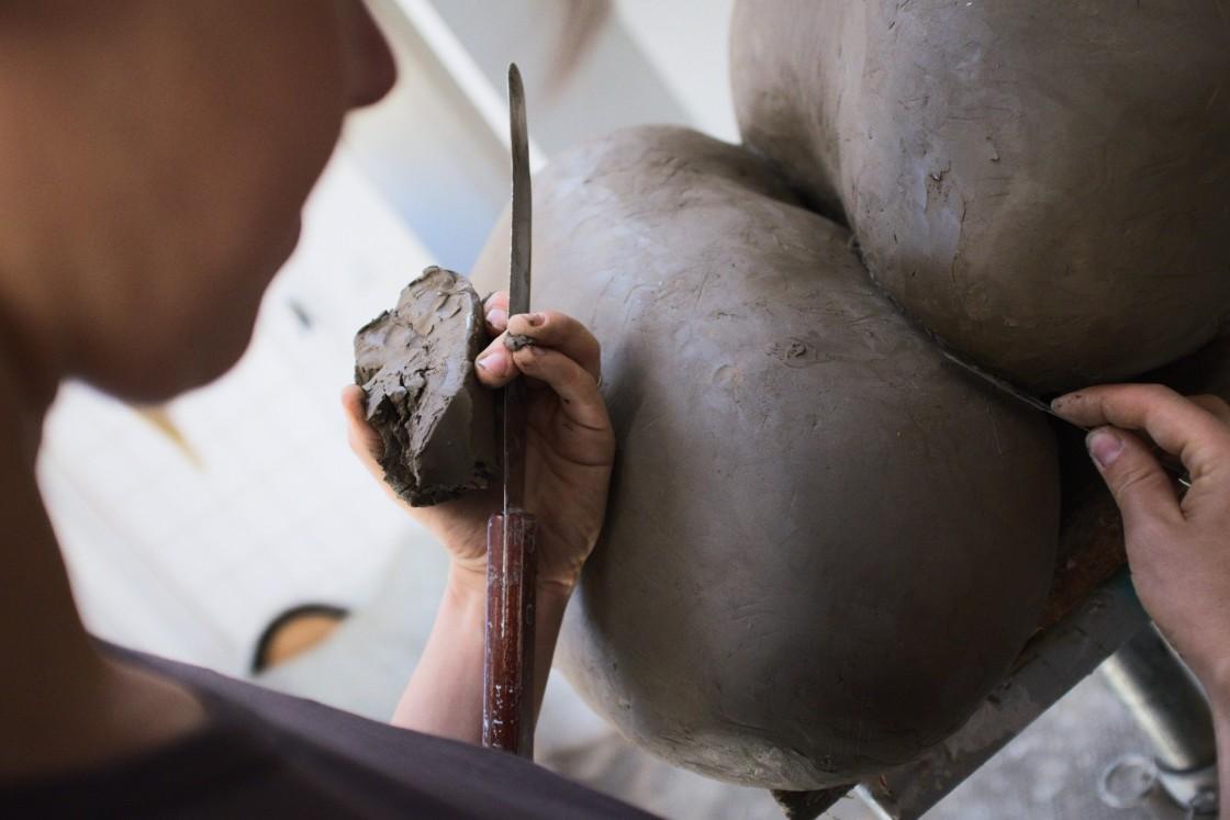 Projekt Pracownie_Ida Karkoszka_wywiad_rzeźba_Robert Liwacki