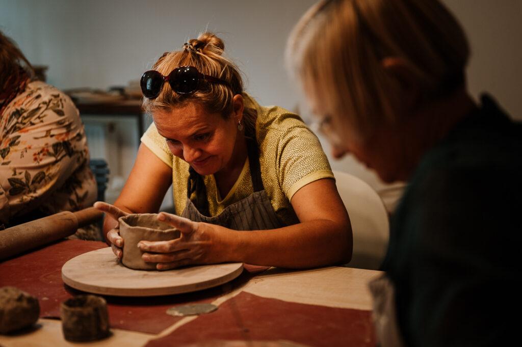 Relacja foto_ Warsztaty ceramiczne w pracowni Formatka_fot_Radek Zawadzki